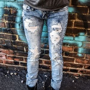 9b0a9a94cca LIGHT BLUE STONE WASHED DISTRESSED SKINNY. Boutique